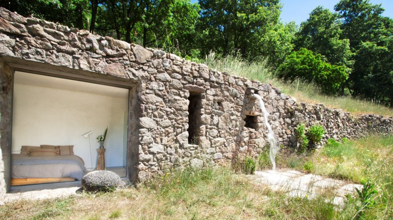 ancienne-ecurie-transformee-en-habitation-16-800x449