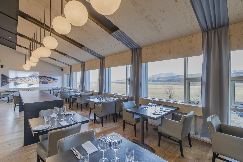 Ion-Hotel-Restaurant