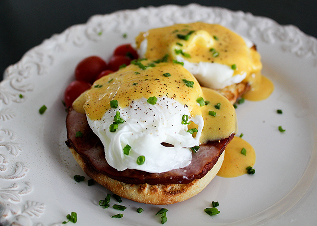 eggs-benedict-1
