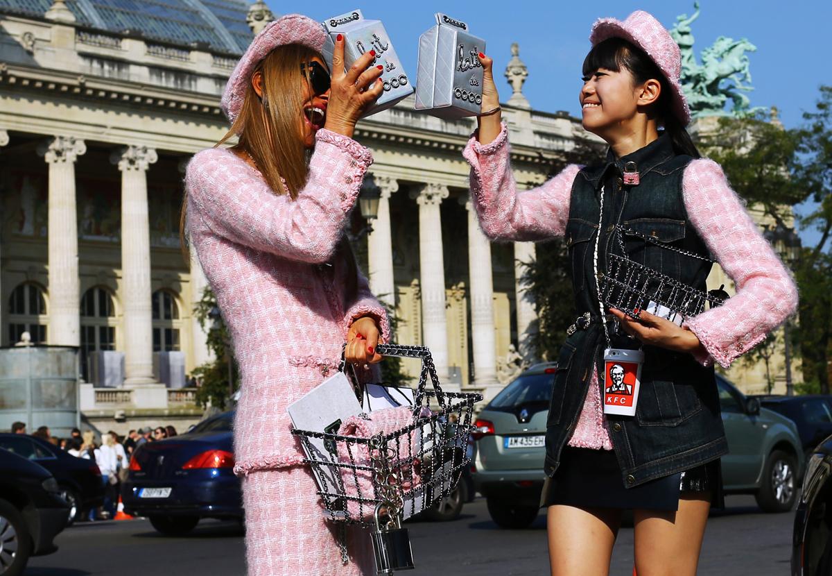 PFW-anna-dello-russo-pink-20151