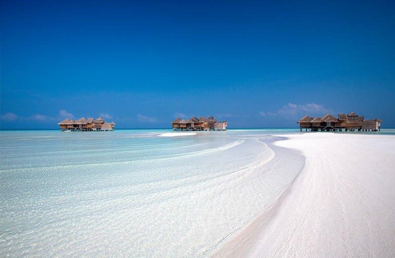tripadvisor-2015-hotel-of-the-year-gili-lankanfushi-maldives-12