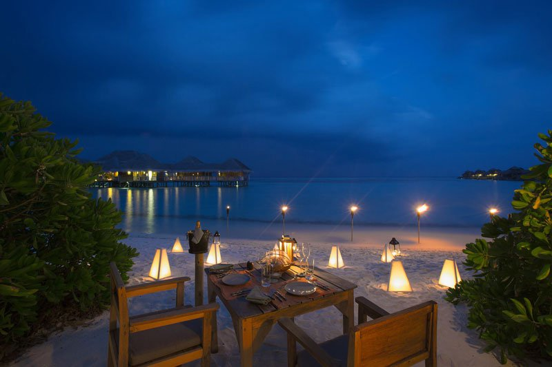 tripadvisor-2015-hotel-of-the-year-gili-lankanfushi-maldives-16