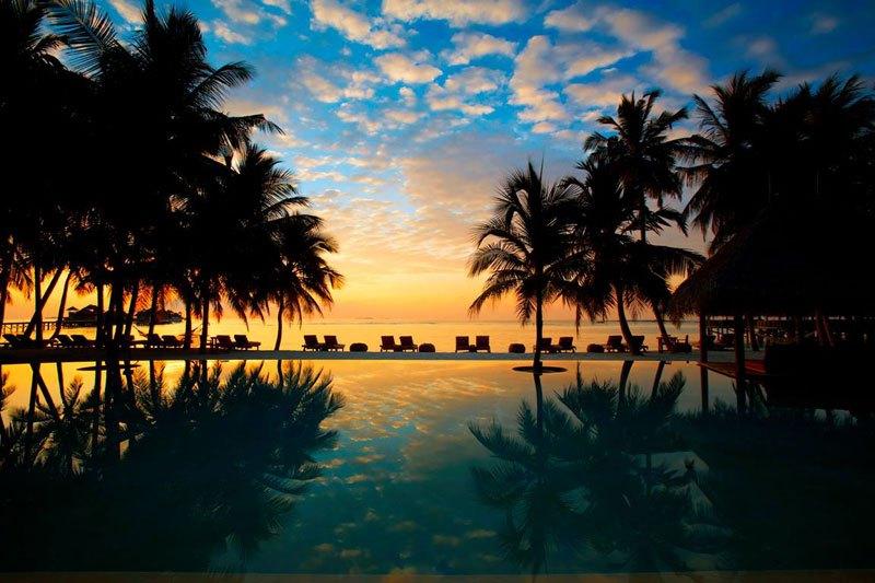 tripadvisor-2015-hotel-of-the-year-gili-lankanfushi-maldives-2