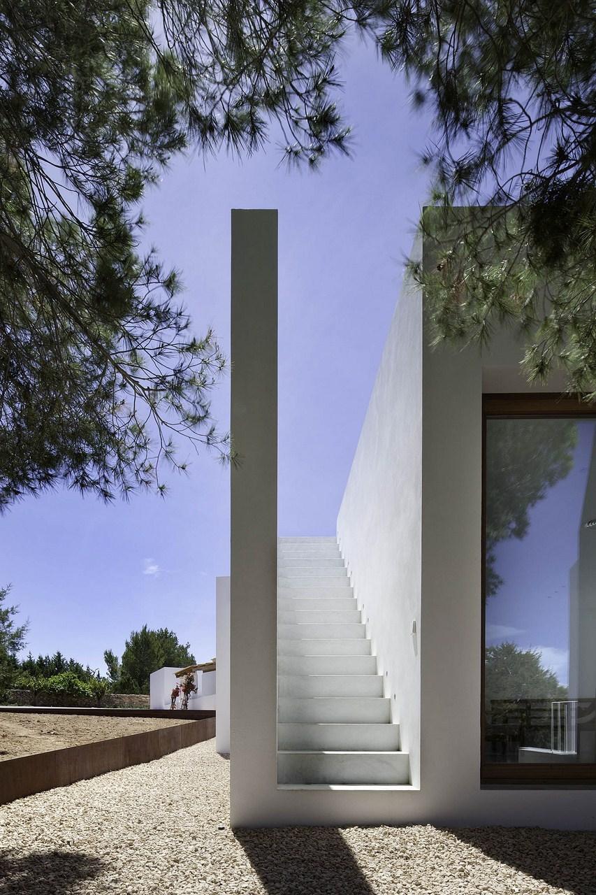 Maria-Castello-un-escalier-vers-le-ciel