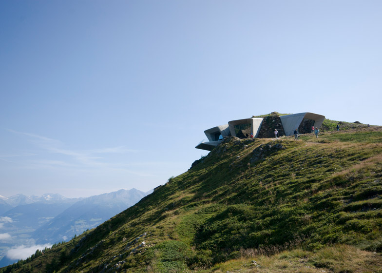 Messner-Mountain-Museum-Zaha-Hadid-Architects-Corones_dezeen_784_6