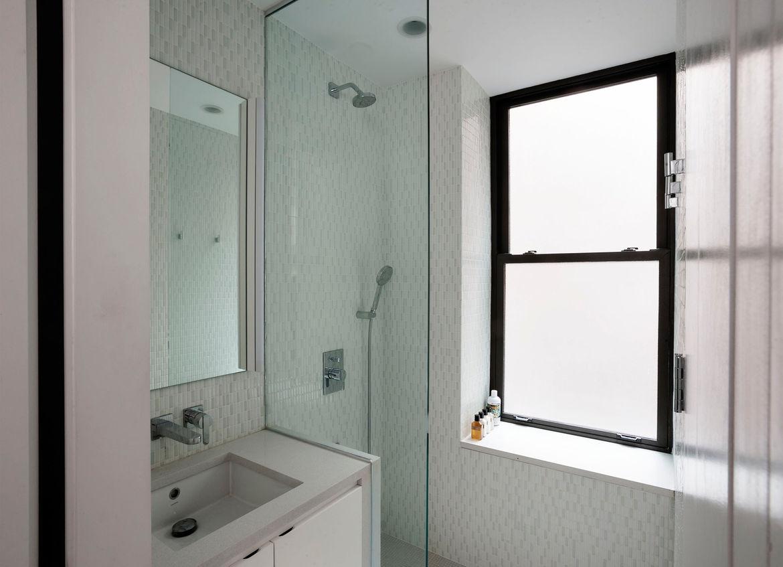 Petit espace de vie par life edited www for Fenetre dans douche
