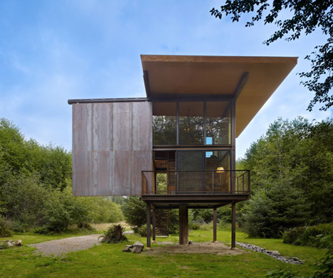 Sol-Duc-Cabin-by-Olson-Kundig-Architects_dezeen_7
