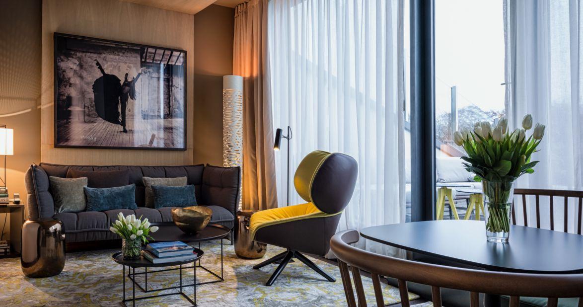 das_stue_penthouse_suite_living_room-2_c206ea3a349626a