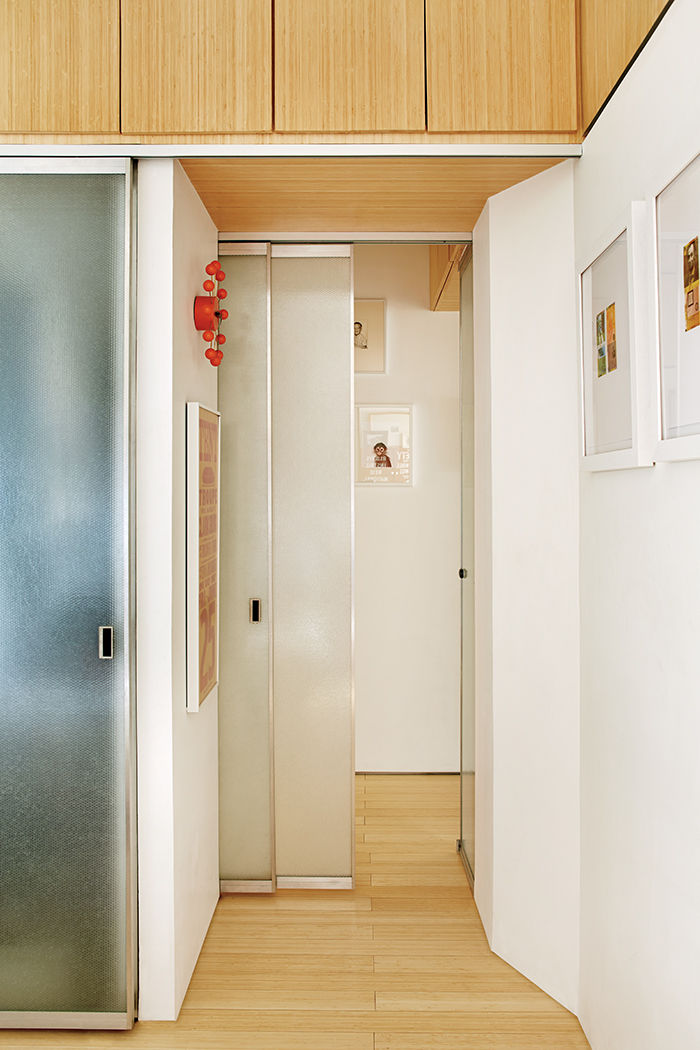 let_there_be_light-hallway-bamboo_plywood-storage