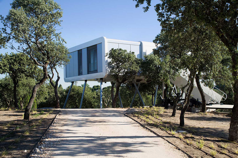 noem-the-spaceship-home-la-moraleja-madrid-designboom-02