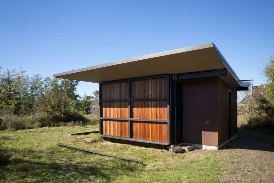 olson-kundig-false-bay-writers-cabin-exterior2-via-smallhousebliss