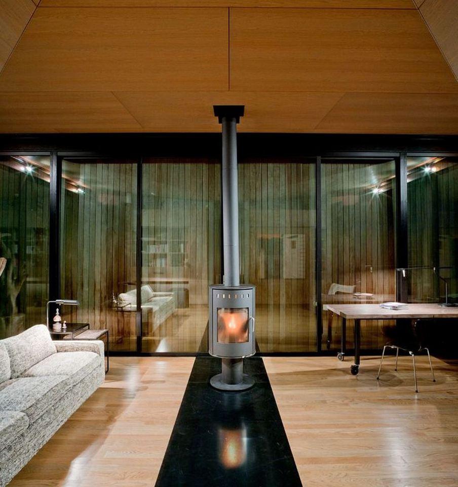 olson-kundig-false-bay-writers-cabin-interior3-via-smallhousebliss