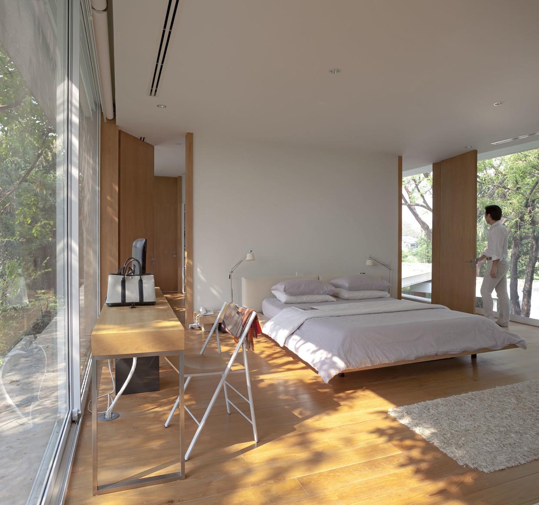 sunny-bedroom-68