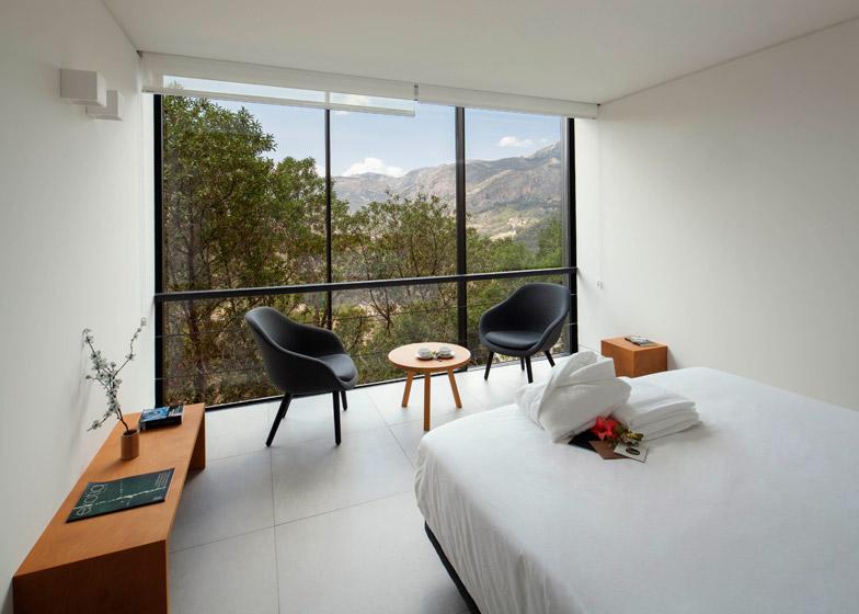 VIVOOD-Landscape-Hotels_-Alicante_Spain_dezeen_784_0