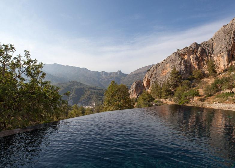 VIVOOD-Landscape-Hotels_-Alicante_Spain_dezeen_784_10