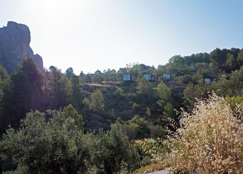 VIVOOD-Landscape-Hotels_-Alicante_Spain_dezeen_784_21