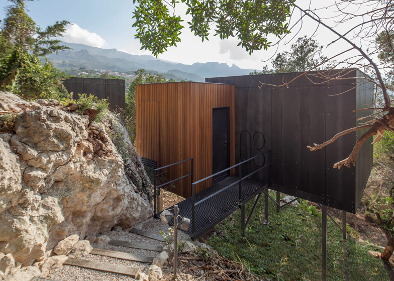 VIVOOD-Landscape-Hotels_-Alicante_Spain_dezeen_784_5