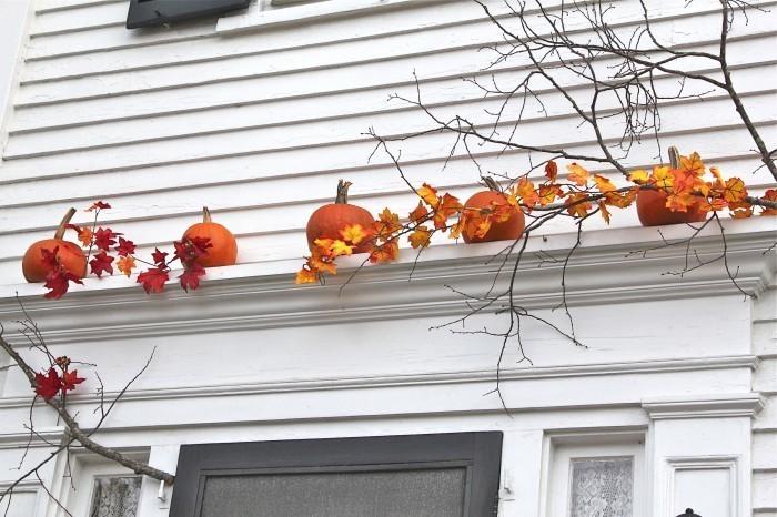 curb-appeal-pumpkins-gardenista-1_0