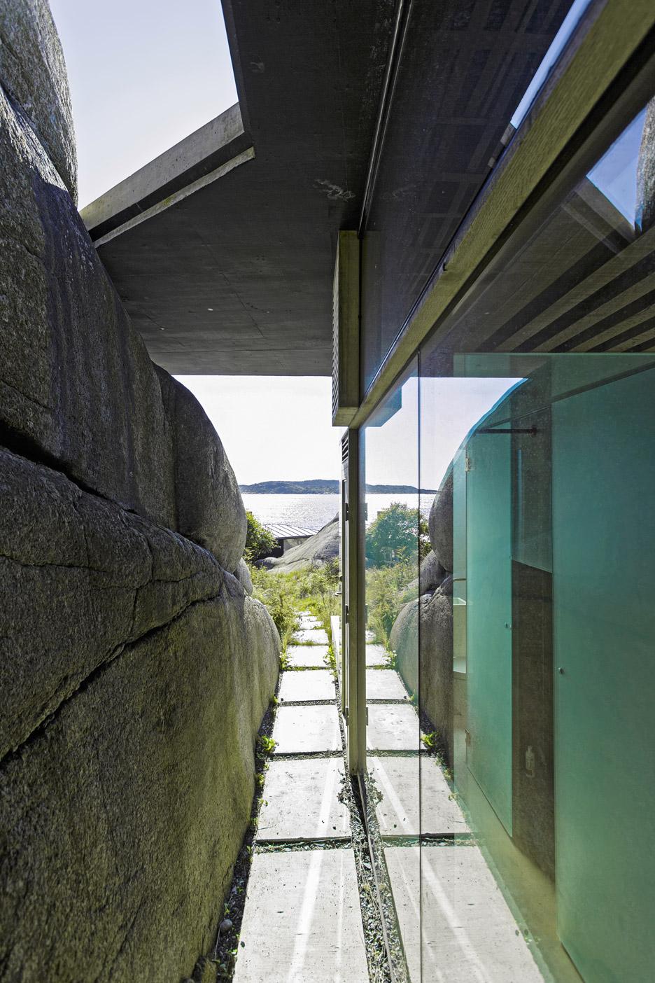 cabin-knapphullet-lund-hagem-kim-muller-photography-sandefjord-norway_dezeen_936_4