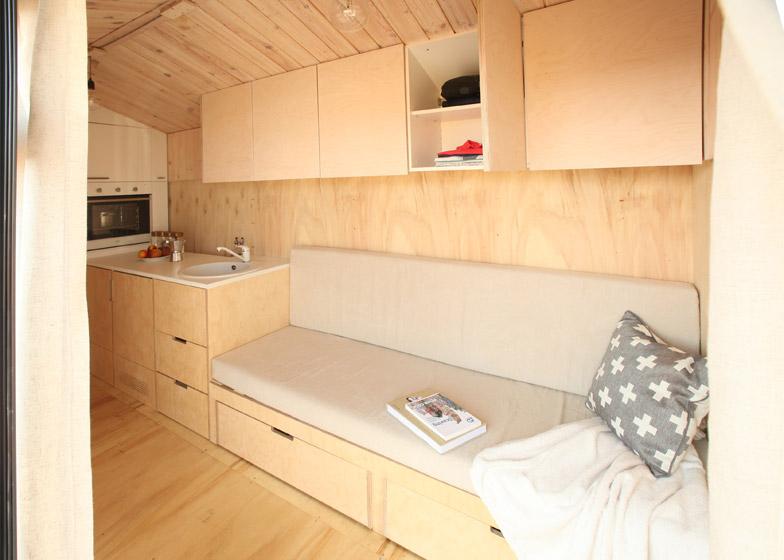 Koleliba-mobile-holiday-home-Bulgaria_Hristina-Hristova_dezeen_784_11