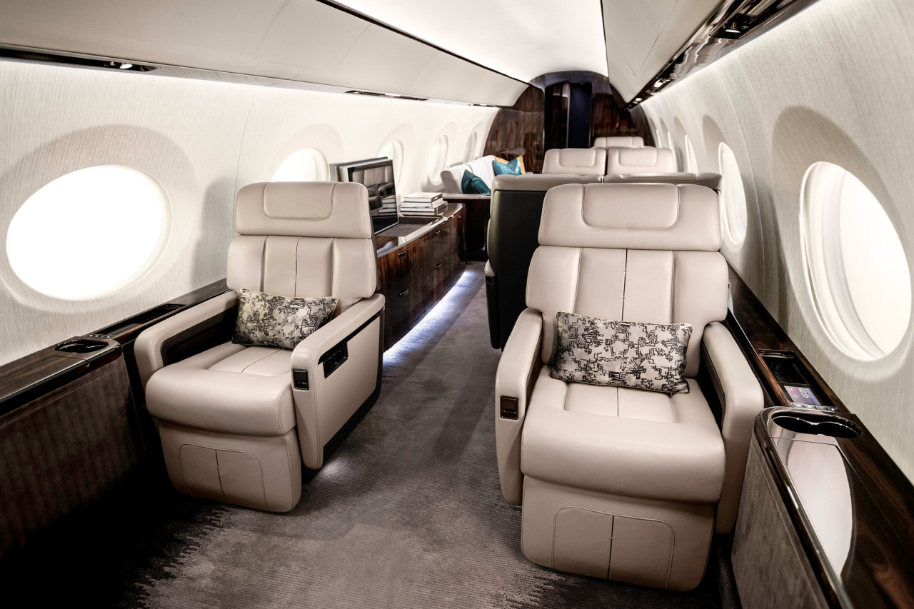 gulfstream_g600_mock-up_2015_1