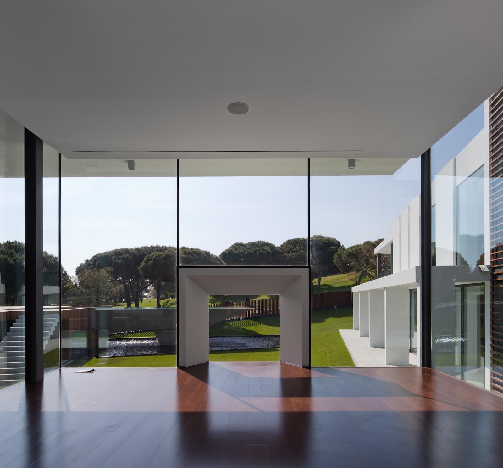 villa de r ve dans le sud du portugal. Black Bedroom Furniture Sets. Home Design Ideas